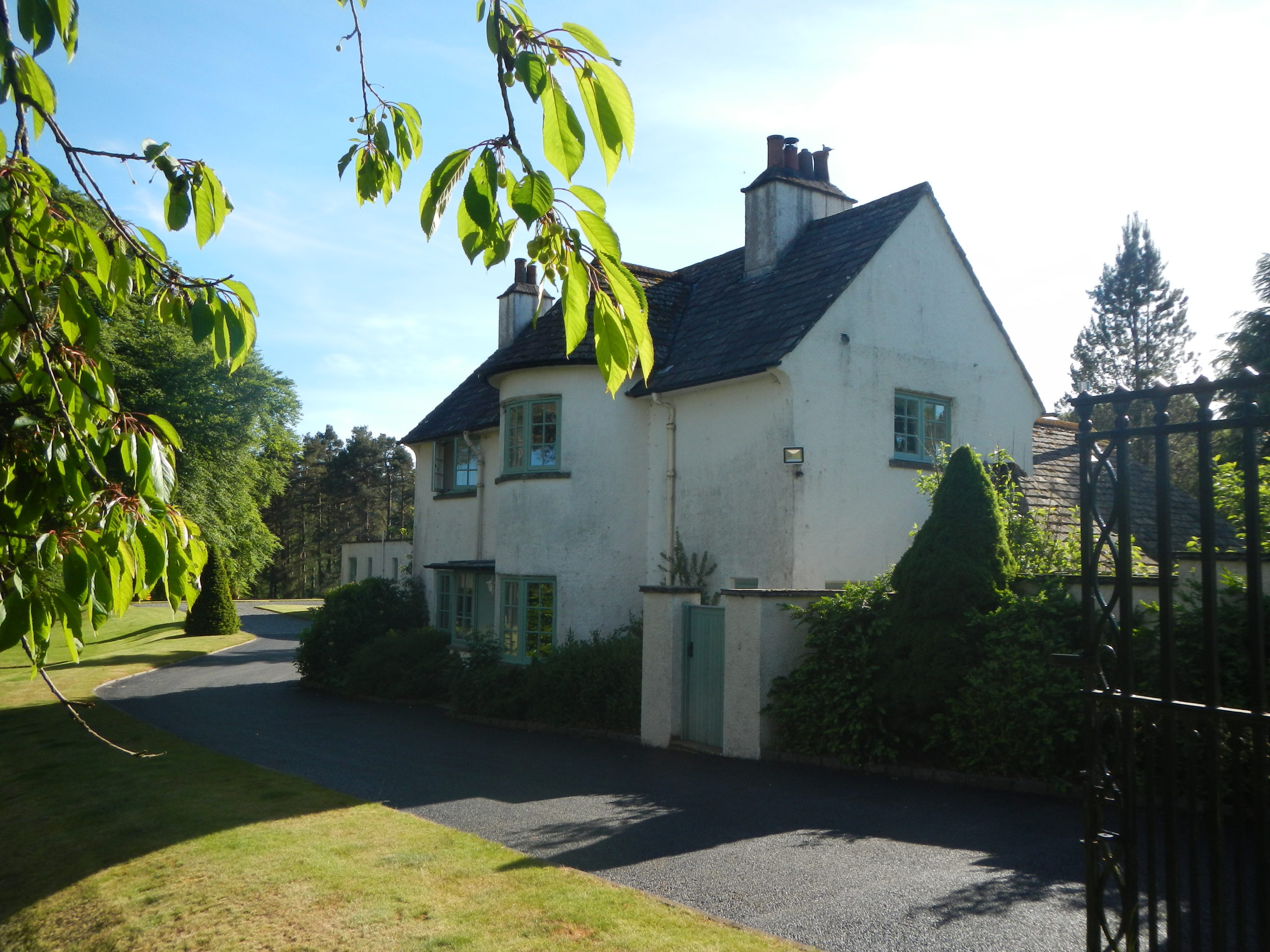 Perthshire Cottage ****